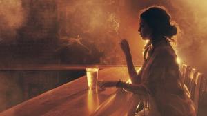cigarette-smoke-light-wine-bar-women-mood-model-photography-wallpaper